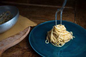 spaghetti alle vongole ricetta romagnola